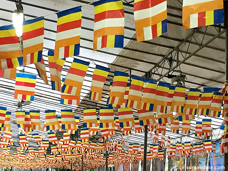 Vesak-Burmese-temple-Singapore-3