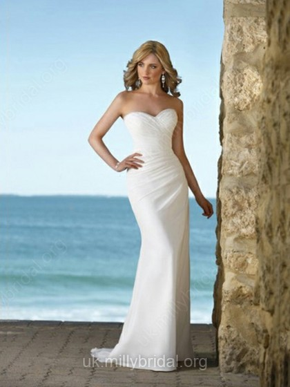 Sheath/Column Sweetheart Chiffon Sweep Train Ruffles Wedding Dresses