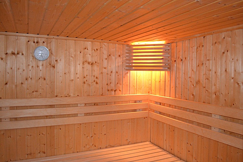 Health Benefits Of Sauna Bathing