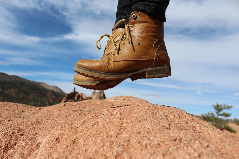 tips for safe hiking in the mountains