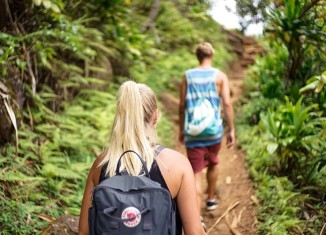 How To Tackle Debt And Travelling Together?