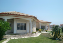Villa Rental Or Holiday Hotel