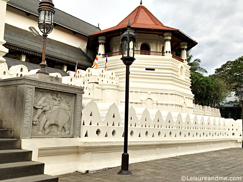 Temple of the Tooth relic-Kandy
