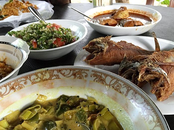 Dambana - food