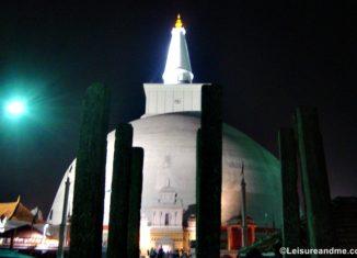 Ruwanwelisaya Anuradhapura