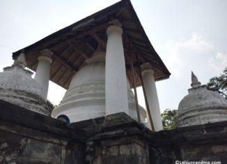 Gadaladeniya Temple –Kandy-Sri Lanka