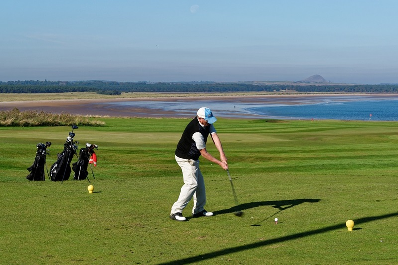 How to Start a Golf Business