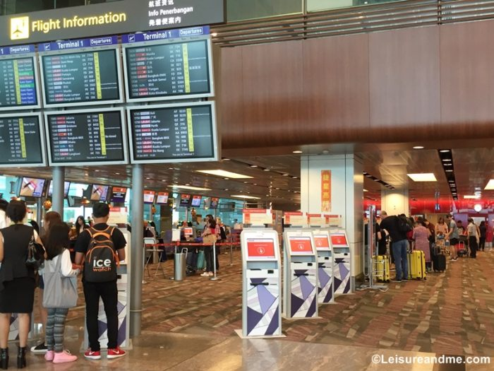 Ways to Handle a Long Airport Layover with Kids